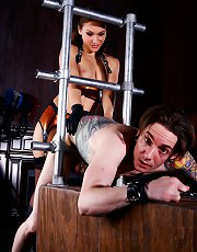 Mistress Callie Calypso takes her slave bitch's ass with her strap-on dick.